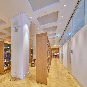 festinstallierte Trennwand / Glas / Aluminium / für Großraumbüros