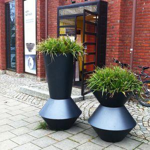Aluminium-Pflanzkübel / rund / modern / für öffentliche Bereiche