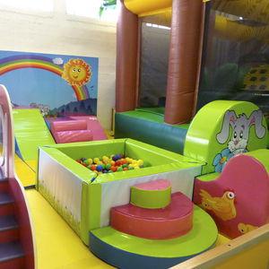 Bühne für Kindergarten