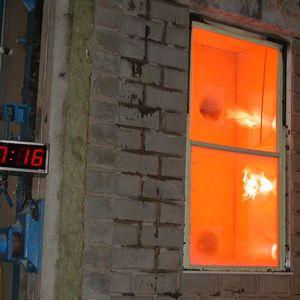 Schiebefenster / Fall / Stahl / elektrisch