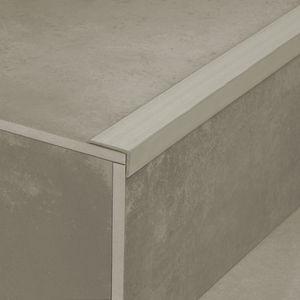 Polymer-Treppenkante / rutschfest