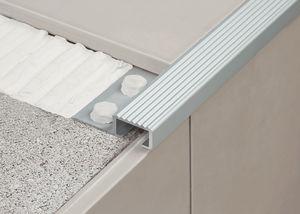 Aluminium-Treppenkante / rutschfest