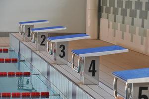 Startblock für Schwimmbäder