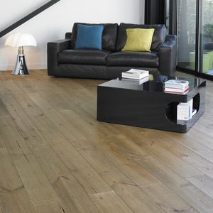 Bodenbelag / Verbundmaterial aus Holz
