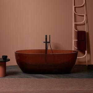 freistehende Badewanne / oval / aus Harz