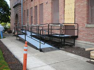 Beton-Zugangsrampe / für Behinderte / Modul