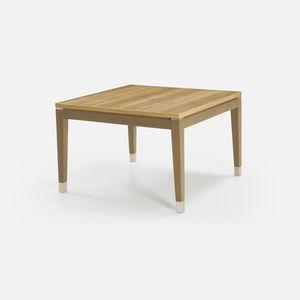 moderner Couchtisch / Massivholz / quadratisch / Innenraum