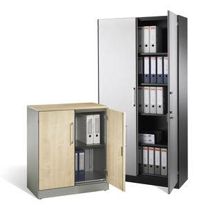 hoher Aktenschrank / Holz / Stahl / mit Flügeltüren