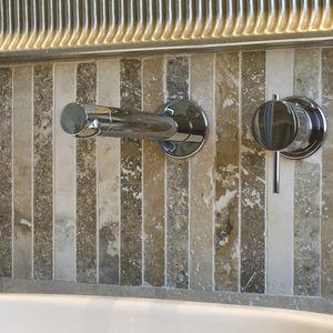 Badezimmer-Mosaikfliesen