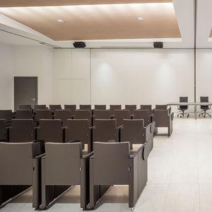 moderner Auditoriumsessel / Stahl / Polyurethanschaum / Klapp