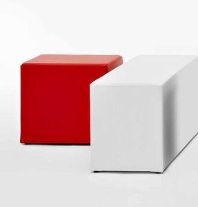 moderner Sitzpuff / Leder / rechteckig / quadratisch
