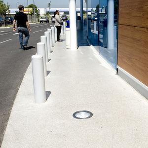 Beton-Bodenbelag / hochbelastbar / für Außenbereich / Dekor