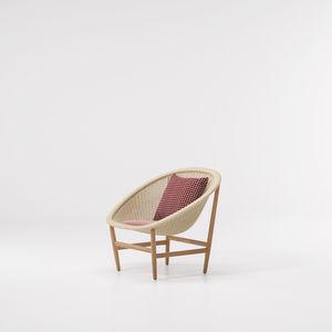 moderner Sessel / aus Eiche / aus Teakholz / Synthetikfaser