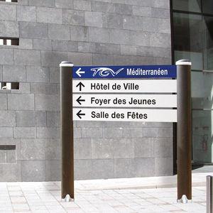bodenstehendes Schild / Aluminium / Orientation