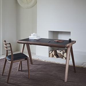 Schreibtisch aus Eiche / amerikanischer Nussbaum / Leder / aus Corian®