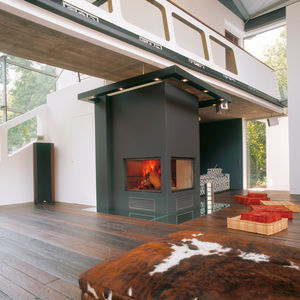 Geschlossene Feuerstelle / Holz / 1 Sichtseite / Ecken / doppelseitig