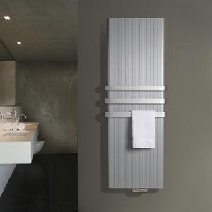 Heißwasser-Badheizkörper / Aluminium / modern / für Badezimmer