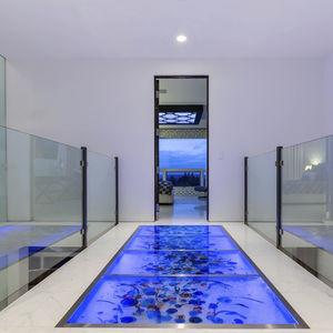 Glasdoppelboden