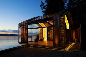 individuelles Haus / modern / Holz / Metall