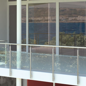 Edelstahlgeländer / Glasplatten / Außenbereich / für Balkon