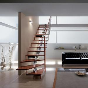 gerade Treppe / viertelgewendelt / Wendel / halbgewendelt