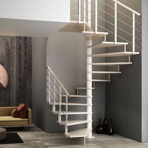 Treppe / abgewinkelte Spindeltreppe