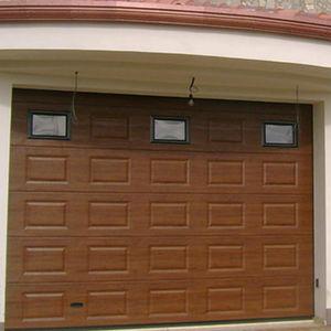 sektionale Garagentüren / Holz / Metall / automatisch