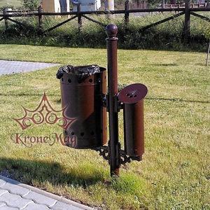 Park-Abfallbehälter / bodenstehend / Gusseisen / mit integriertem Aschenbecher