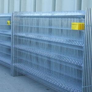 Zaun für Baustellen / für Straßen / Maschendraht / verzinkter Stahl