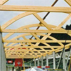 Holzbinderdach