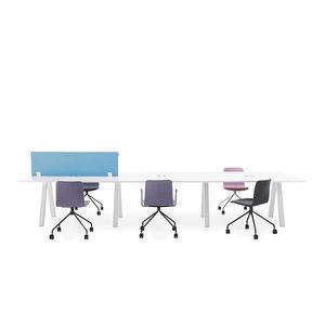 Multimedia-Schreibtisch
