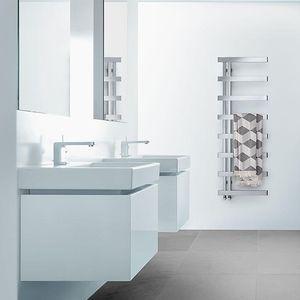 Heißwasser-Badheizkörper / elektrisch / Edelstahl / Chrom