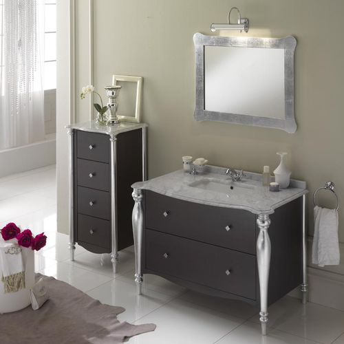 klassisches Badezimmer