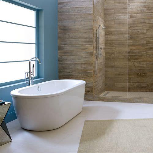 freistehende Badewanne / oval / aus Acryl