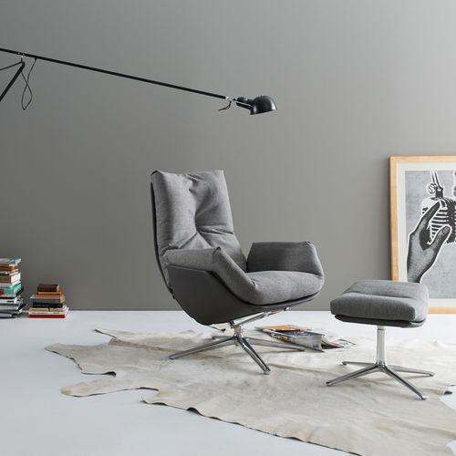 moderner Sessel / Stoff / Leder / lackiertes Metall