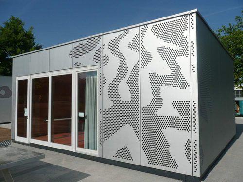 Blech-Fassadenverkleidung / Metall / perforiert / Platten