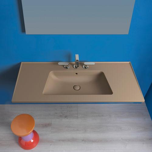 Wand-Waschbecken