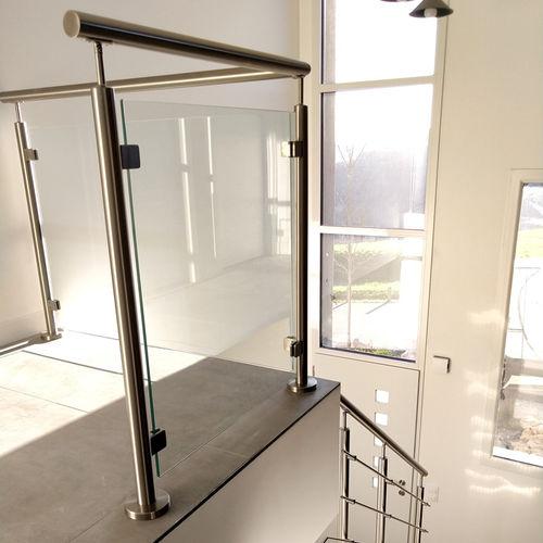 Glasgeländer / Platten / Innenraum / für Hängeboden