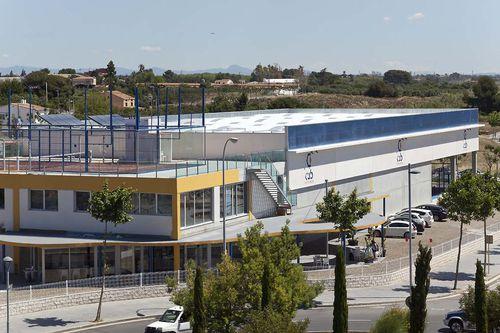Fertigbau-Gebäude / Beton / für Sportanlagen / modern