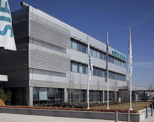 Fertigbau-Gebäude / Beton / für Büro / modern