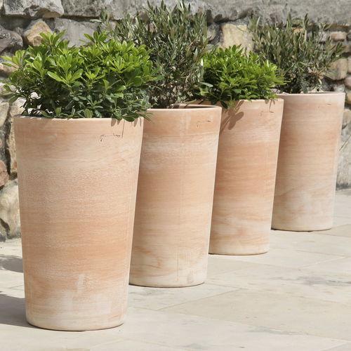 Terrakottapflanzgefäß