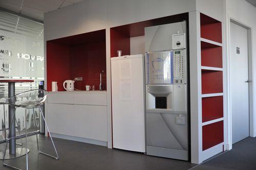 abnehmbare Trennwand / Laminat / Büro / mit Regal