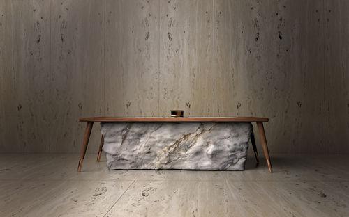 freistehende Badewanne / Marmor / Holz / Kupfer