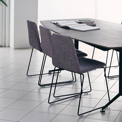 moderner Stuhl / Polster / Stapel / Kufen
