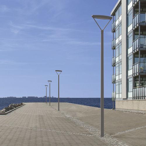 Straßenlaterne / modern / Aluminium / Edelstahl