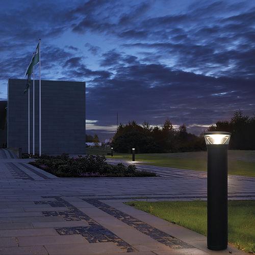 Leuchtpoller für den Garten / modern / Aluminium / LED