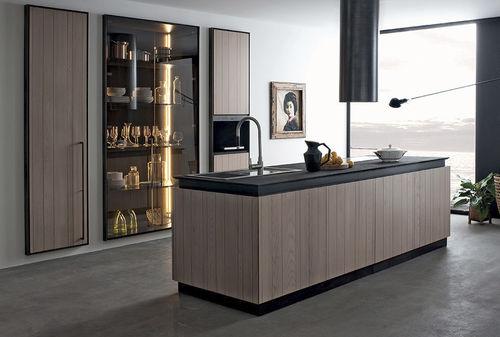 moderne Küche / Holz / Glas / Kochinsel