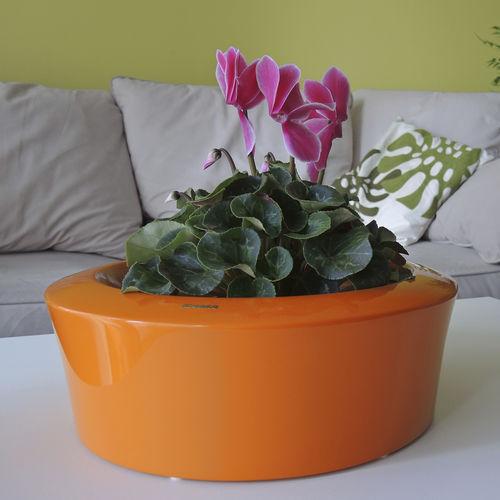 moderne Vase / Verbundwerkstoff