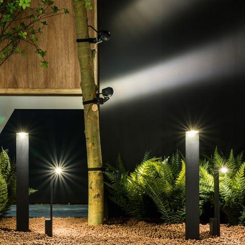 Garten-Leuchtpoller / modern / Aluminium / Opalglas