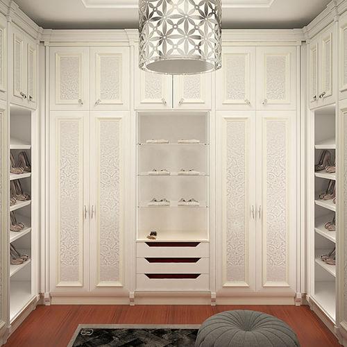 klassischer begehbarer Kleiderschrank / Holz / Stahl / nach Maß
